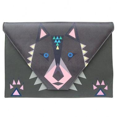 Dakota Wolf delninė