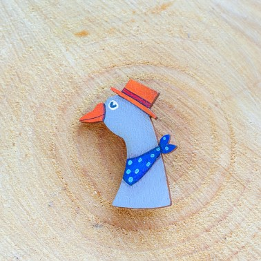 Goose With Orange Hat брошь